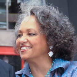 Daphne Reid