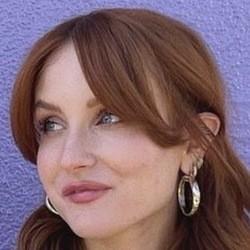 Caroline Tucker